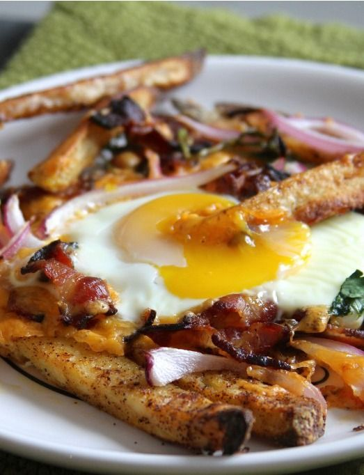 Bacon, Egg, and Cheese Breakfast Chili Fries | Bacon ...