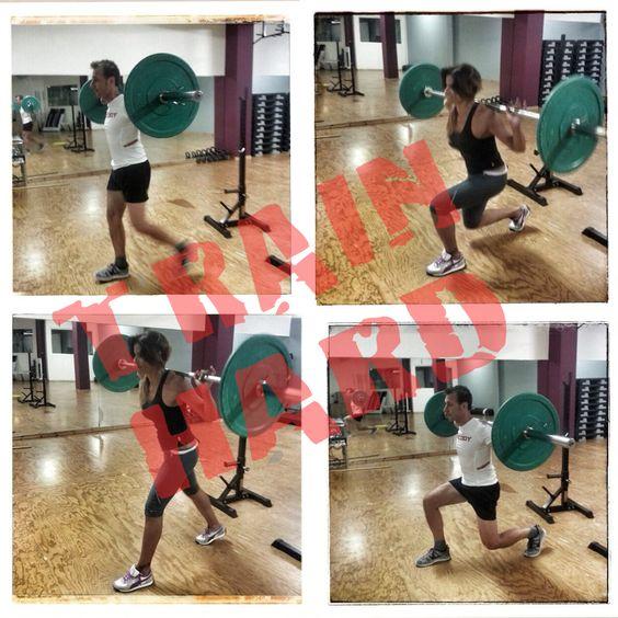 Keep on mooving & #trainhard ! #quote #motivational #train #squat #workout #training