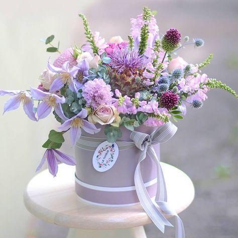 #bouquet #flowers #flora #floristic #botany #flowerbox #stylish #lilac #artichoke #clematis #allium #eringium #rose #scabiosa #ribbon…