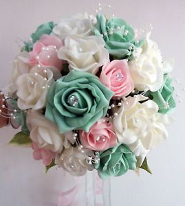 Green Roses Pink | Wedding-Flowers-Brides-Bouquet-Ivory-pale-pink-mint-green-roses