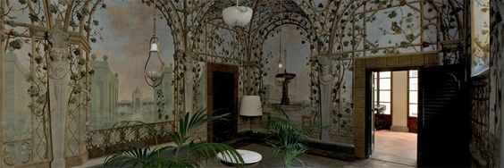 """Museo di Casa Martelli - Firenze -Affascinante scrigno che contiene ancora oggi opere importanti, scarsamente conosciute, Palazzo Martelli svela al pubblico le stanze """"paese"""" a piano terra, l'elegante scalone, la magnifica quadreria con le stanze del piano nobile, i saloni giallo e rosso, la cappella, il salone da ballo."""