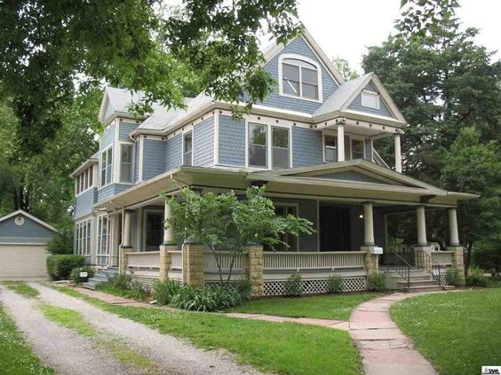 1887 Queen Anne Topeka Ks 239 000 Old House Dreams