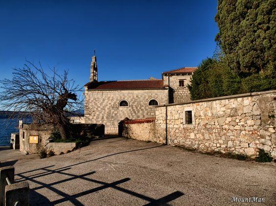 Glavotok - franjevački samostan i crkva sv. Marije