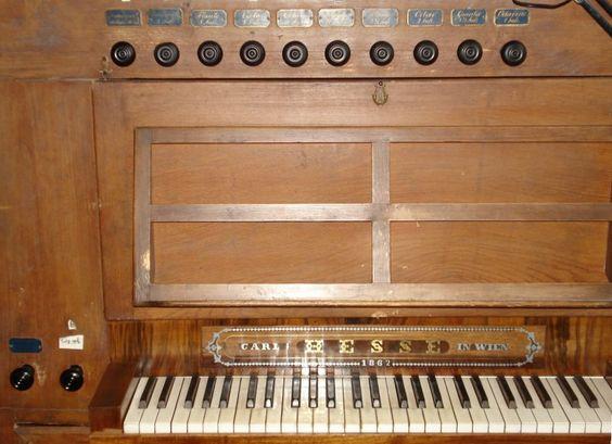 Neunkirchen (NÖ), evangel. Pfarrkirche (AB und HB) – Organ index, die freie Orgeldatenbank