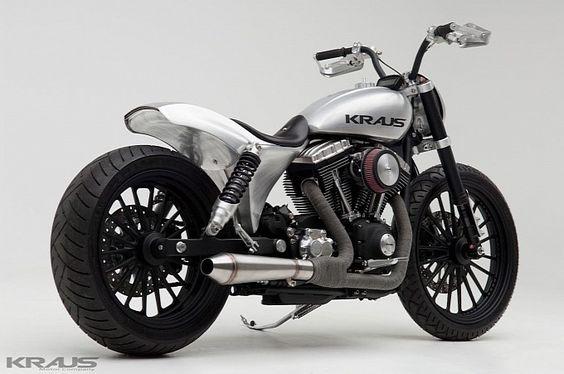 Harley dyna customized
