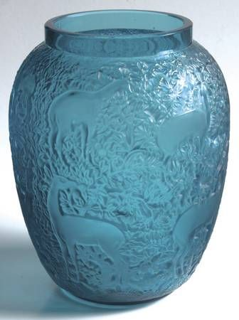 """Biches by Lalique, Deer in Woods 7"""" glass vase"""