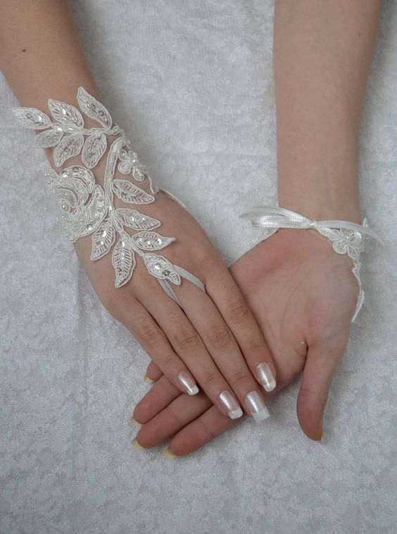 ivory Wedding Glove, Fingerless Glove, free shipping High Quality lace, ivory wedding gown, UNIQUE Bridal glove, bridal gloves, handmade, $30.00: