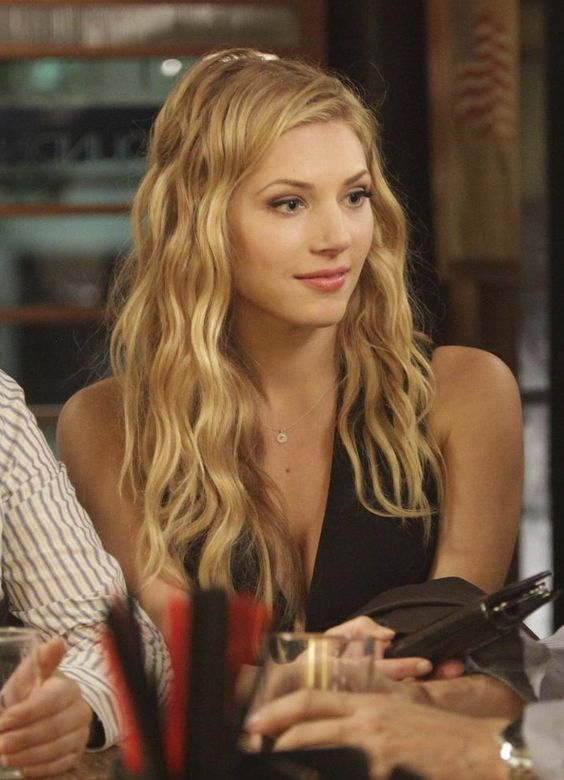 Punch, Cas and You think on PinterestKatheryn Winnick Bones