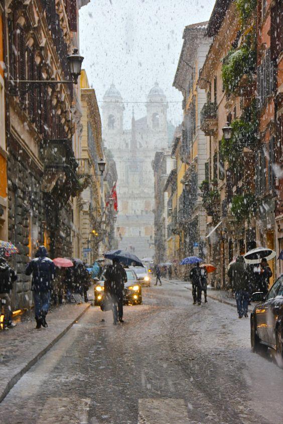 Christmas in Italy http://www.venice-italy-veneto.com/christmas-in-italy.html