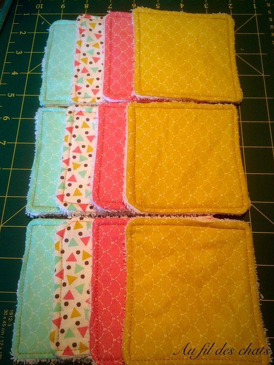 Petit tutoriel: lingettes lavables par Au Fil Des Chats à 11:34 Précédent Suivant Aujourd'hui je vous propose un tutoriel pour fabriquer des lingettes lavables Vous aurez besoin pour les réaliser: - du carton - de la cotonnade - du tissu éponge - du fil de couleur (peut être en option) Pour commencer, faites votre gabarit Vous pouvez le faire de la taille et la forme qu'il vous plaira, j'ai choisi ici de le faire un carré de 10x10cm sans les marges Tracer vos carrés sur les différents ...