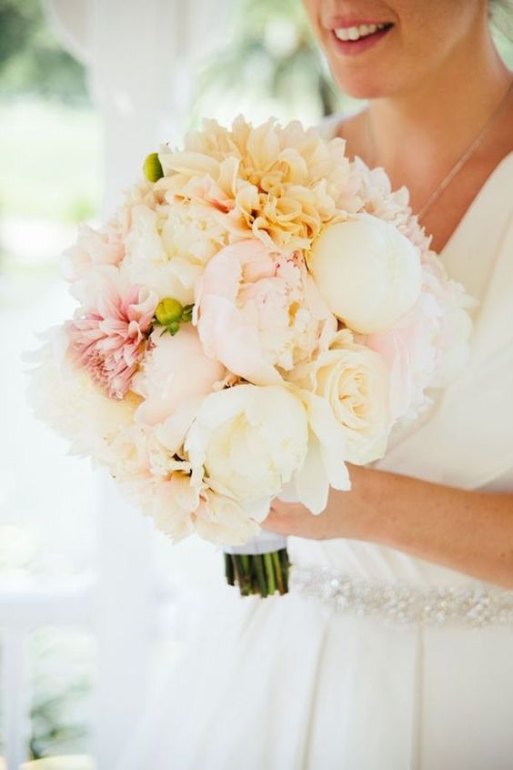 Peonies Wedding Bouquet - Photography: Emily Magers #lonestarliving