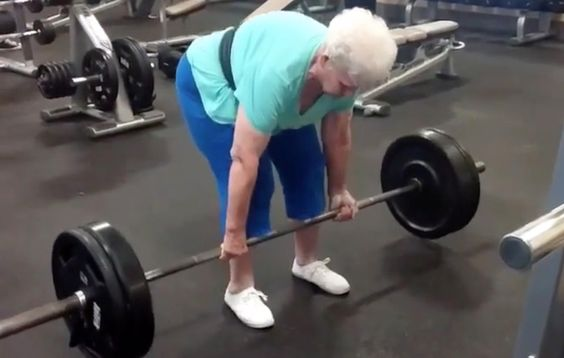 Watch This 78-Year-Old Grandma Deadlift 225 Pounds Like It Ain't No Thing: