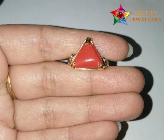 925Sterling Silver Natural  Certified 5 Ct Triangle Coral//Monga Handmade Ring