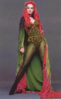 MAIN INSPIRATION for my tats. What I have & am getting. It all has flowers & ivy. She was (and still is) my favorite childhood villian. Poison Ivy <3
