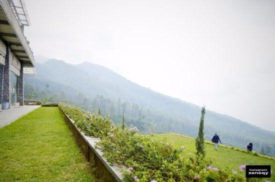 Paling Bagus 28 Gambar Pemandangan Bukit Pemandangan Indah Dari Atas Bukit Picture Of Umbul Sidomukti Bukit Asah Tempat Camping Asi Di 2020 Pemandangan Gambar Danau