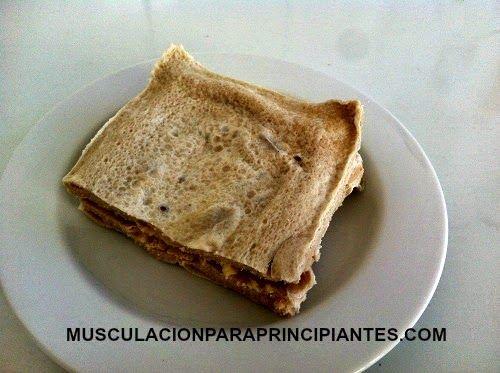 Fantástica receta de sándwich sin pan para dietas bajas en carbohidratos. Pruébalo!!