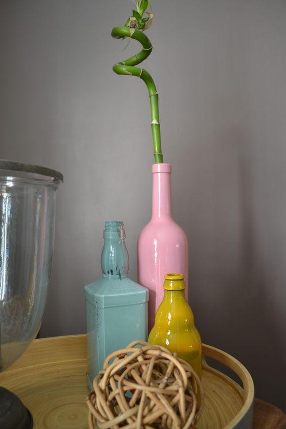 Vases bouteilles peintes