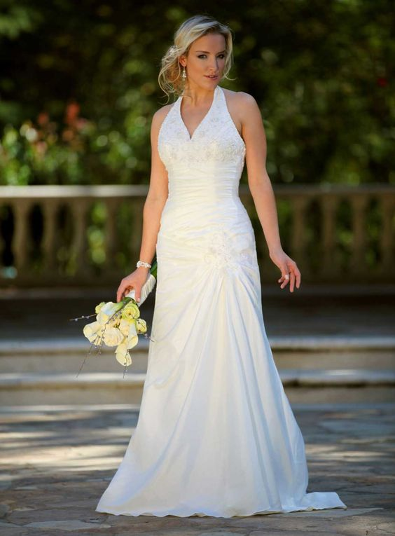 Wedding dress for 10 year vow renewal vow renewal for Wedding vow renewal dresses