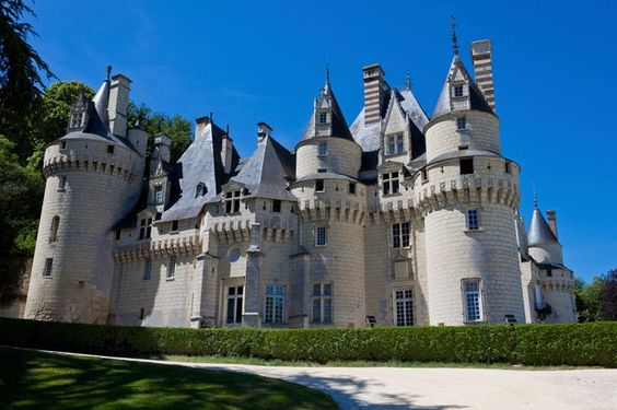Du chateau de Versailles au chateau de Chambord, top 10 des plus beaux châteaux…