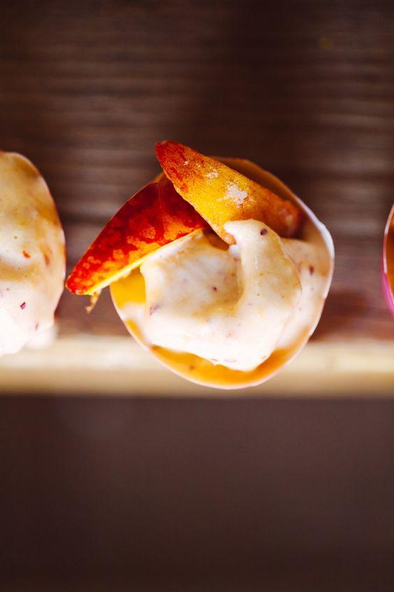 So simple and so healthy: homemade peach ice cream