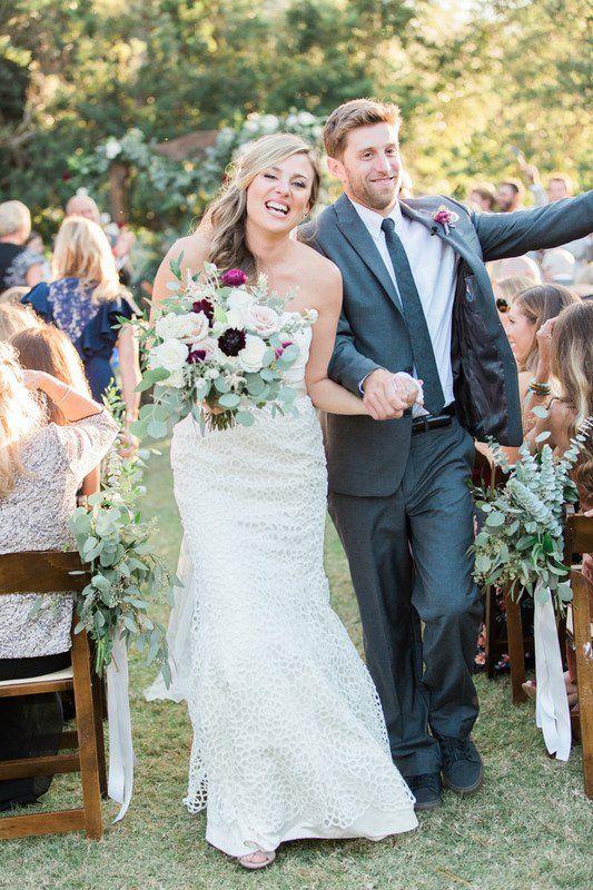 Wedding Recessional Photo Idea Bride Groom Walk Down The Aisle Beautiful Bride Events Wedding Costs Wedding Photoshoot Wedding Recessional