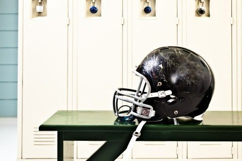 Brain changes persist in student athletes six months after a concussion, study suggests Brainlaw.com