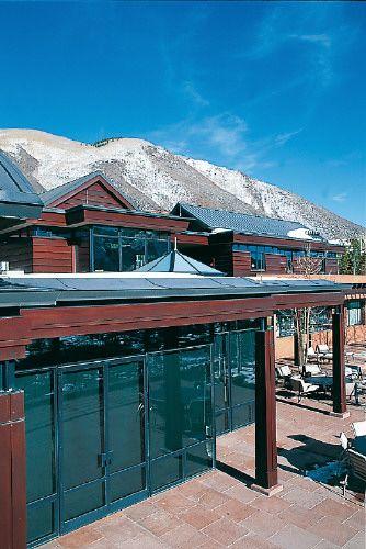Private house, Aspen (USA) by Bill Poss & Associates  #wood #zinc #architecture #VMZINC #usa #roofing