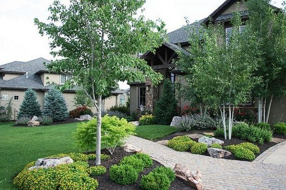 45 Stunning Farmhouse Front Yard Side Yard And Back Yard Landscaping Design Idea With Images Farmhouse Landscaping Small Front Yard Landscaping Front Yard Landscaping Design