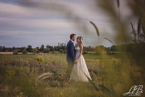 Wedding portraits at Strathmere in Ottawa.