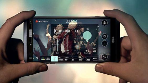 LG a lansat noul V20 smartphone-ul care intra in competitie cu Galaxy Note7 si iPhone 7 Plus. Vine cu 2 ecrane 2 camere si pret mai mic