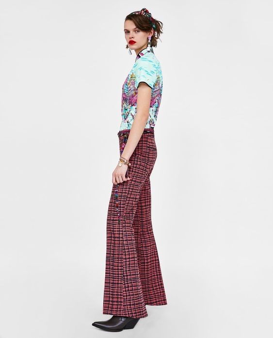 Image 4 of PRINTED BELL BOTTOM TROUSERS from Zara