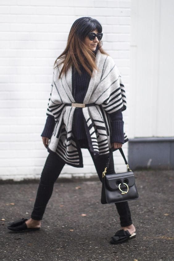 Fashion Landscape | How to wear a poncho
