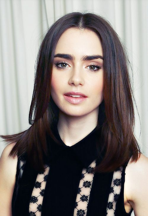 lily collins the shoulder length bob hair inspiration