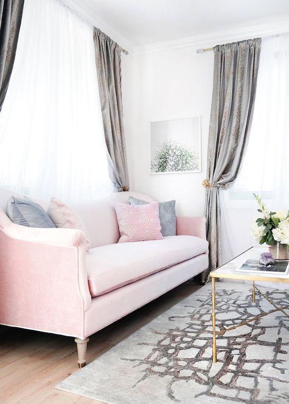 Trendy Living room Home Decor