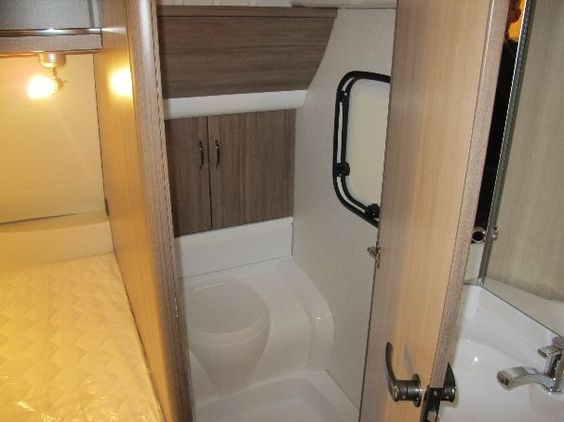 Raema Caravans - Hobby. 460 UFE de Luxe.
