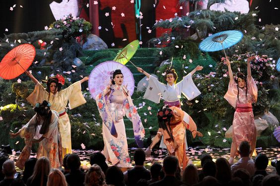 Katy Perry - 2013 American Music Awards - Show