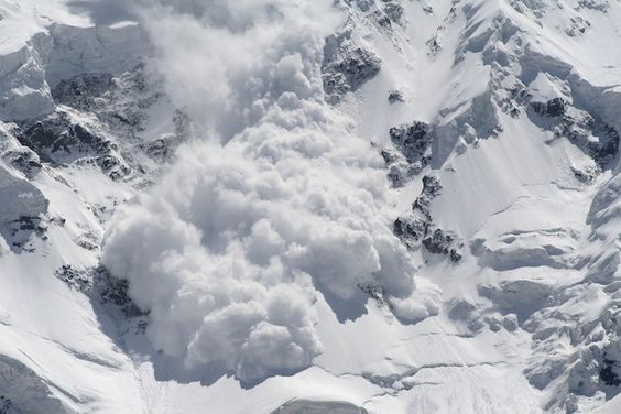 2 missing skiers found dead after Colorado avalanche