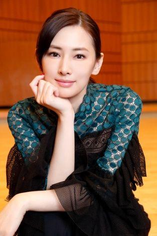 緑のお洋服の北川景子