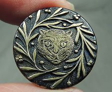 BRASS PICTURE BUTTON ~ CAT HEAD    METAL