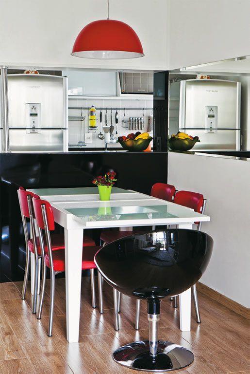 http://casa.abril.com.br/materia/10-salas-de-jantar-pequenas-e-descoladas