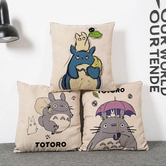 Pas cher New 45 * 45 cm mon voisin Totoro créative anime taie d'oreiller literie de mariage de bureau canapé Vintage taie d'oreiller / décoratifs pour la maison, Acheter  Taie d'oreiller de qualité directement des fournisseurs de Chine: