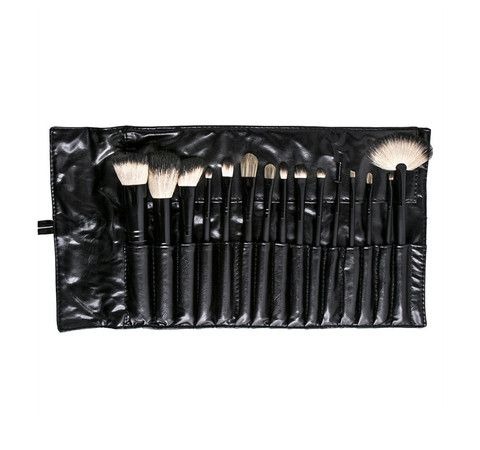 Morphe Set 687 15 piece deluxe badger set  save 10% with promo code: Kathleenlights
