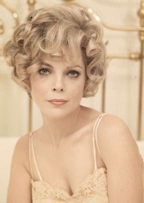 Gorgeous Barbara Bain: