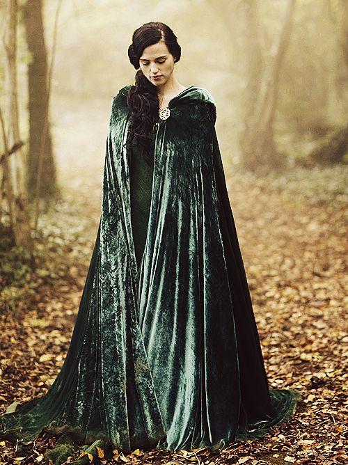 Merlin - Morgana's cape