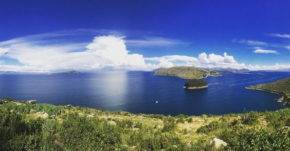 Hike worth the view  #copacabana #hike #view #travel #holiday #panoramic #adventure #femaletravel #solofemaletraveler #lake #laketiticaca #islasol #bolivia #gypset #gypsy #threeangelsandagypsy by threeangelsandagypsy