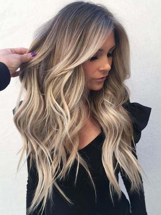 22 Lange Haare In Balayage Stil Balayage Haare Lange Schminke Stil Balayage Frisur Lange Haare Haarfarben