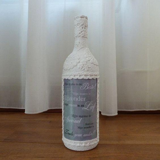 Deze decoratieve fles mama is een origineel cadeau en for Decoratie fles
