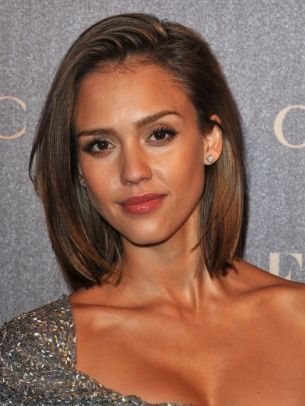 Jessica Alba = gorgeous, love her bobbed haircut
