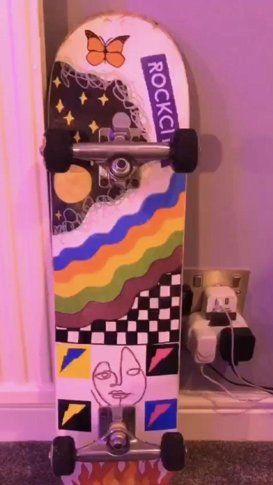 Rainbow Fire Deck In 2020 Skateboard Design Painted Skateboard Skateboard Art Design