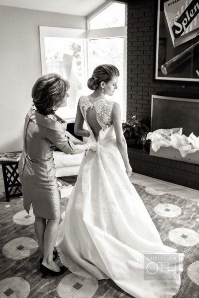 Nice picture of Mother & Bride..